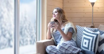 Was hilft bei Magenschmerzen? Hausmittel und Tipps