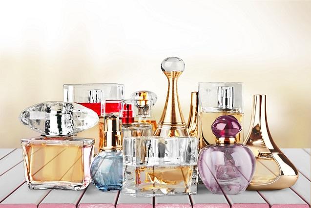 Julia Roberts wirbt international für das beliebteste Parfüm Deutschlands. (#01)