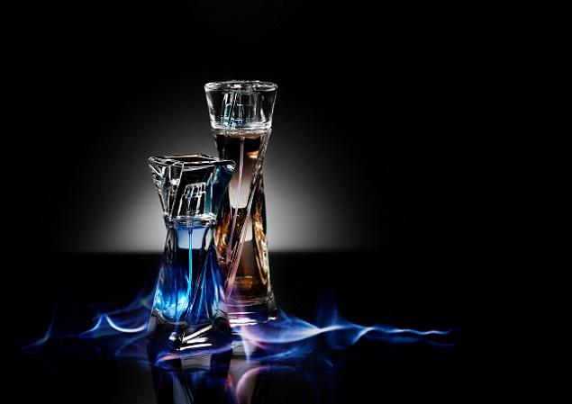 Nicht selten wird der Name eines Duftes passend zum Parfüm gewählt. (#03)
