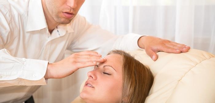 Gewichtsreduktion mit Hypnose: Kann das funktionieren – oder alles Humbug?