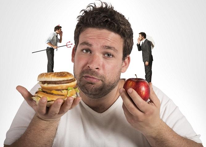 Der hohe Fettanteil während einer ketogenen Diät beruht auf dem Prinzip der gesunden und der ungesunden Fette. (#03)
