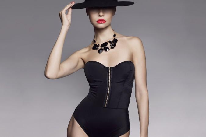 Der Body als Klassiker der Dessous ist auch wieder zurück - der schwarze Body gepaart mit einer Jeans und Dein Outfit ist perfekt! (#3)