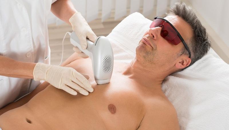 In der heutigen Zeit sind moderne Technologien wie die Laser-Therapie eine Option. (#01)