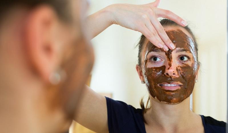 Reinigen Sie deshalb Ihre Haut gründlich - am besten morgens und abends - und befreien Sie sie vom Schmutz der Stadt. (#04)