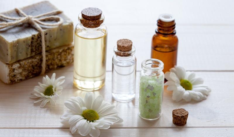 Wer mit hochwertigen Naturkosmetikprodukten eine neue Schönheitserfahrung machen bzw. neue Produkte testen möchte, kann sich bei zahlreichen Naturkosmetik Online Shop inspirieren lassen. (#02)