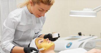 Gesichtsbehandlung: Einfach zu einem gepflegten Gesicht